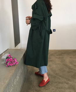 bell-line sleeve trench coat (green)
