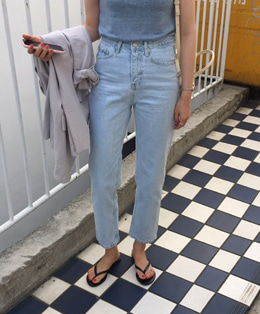 Ice denim jean