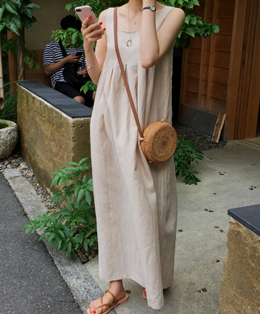 linda dress (beige)